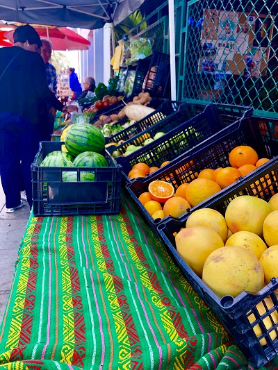 Farmers Market in La Paz
